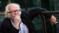Йос Стеллинг: «Посмотрите на меня, так и должен выглядеть настоящий режиссер»