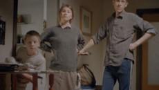 Дотянуться до мамы (2010) [Видео]