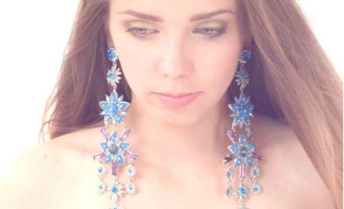 Вице-мисс неслышащая красавица мира Марьяна Люханова спела на жестовом языке  в новом клипе