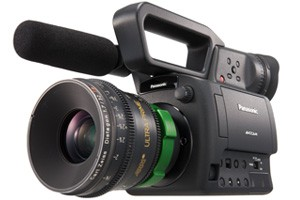 Первый в мире профессиональный HD камкордер формата Micro 4/3 от Panasonic поступил в продажу