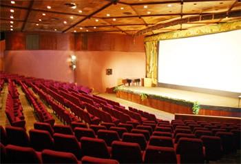 Российские кинотеатры переходят на цифровую доставку